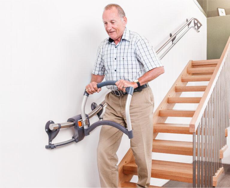 Assistep_elderly man 3